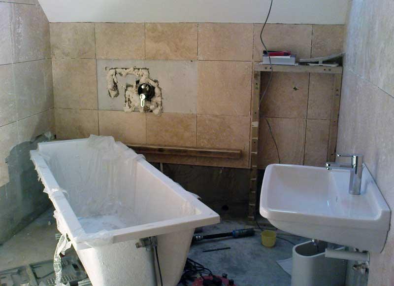 Ремонт ванной комнаты, бюджетный ремонт ванной, плитка в ванной